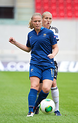 LLANELLI, WALES - Wednesday, August 28, 2013: France's Lea Declercq in action against Germany during the Semi-Final match of the UEFA Women's Under-19 Championship Wales 2013 tournament at Parc y Scarlets. (Pic by David Rawcliffe/Propaganda)