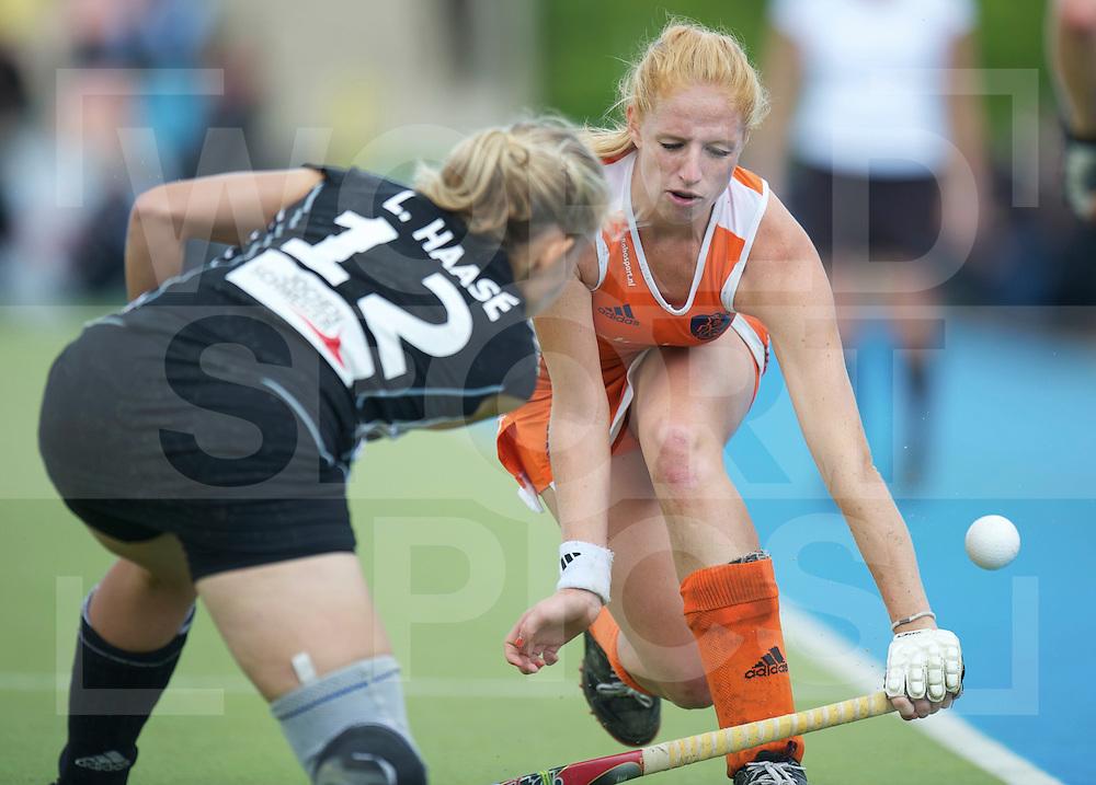 MONCHENGLADBACH - EuroHockey Championship men .Womens Final Netherlands vs Germany.foto: Margot van Geffen (orange)..FFU Press Agency  COPYRIGHT FRANK UIJLENBROEK