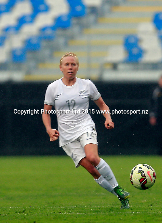 Ferns Betsy Hassett in action. Football Friendly, Football Ferns v Invitational XI, QBE Stadium Auckland, Tuesday 26th January 2016. Copyright Photo: Shane Wenzlick