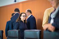 DEU, Deutschland, Germany, Berlin, 27.06.2018: Michelle Müntefering (SPD), Staatsministerin für internationale Kulturpolitik im Auswärtigen Amt, vor Beginn der 15. Kabinettsitzung im Bundeskanzleramt.