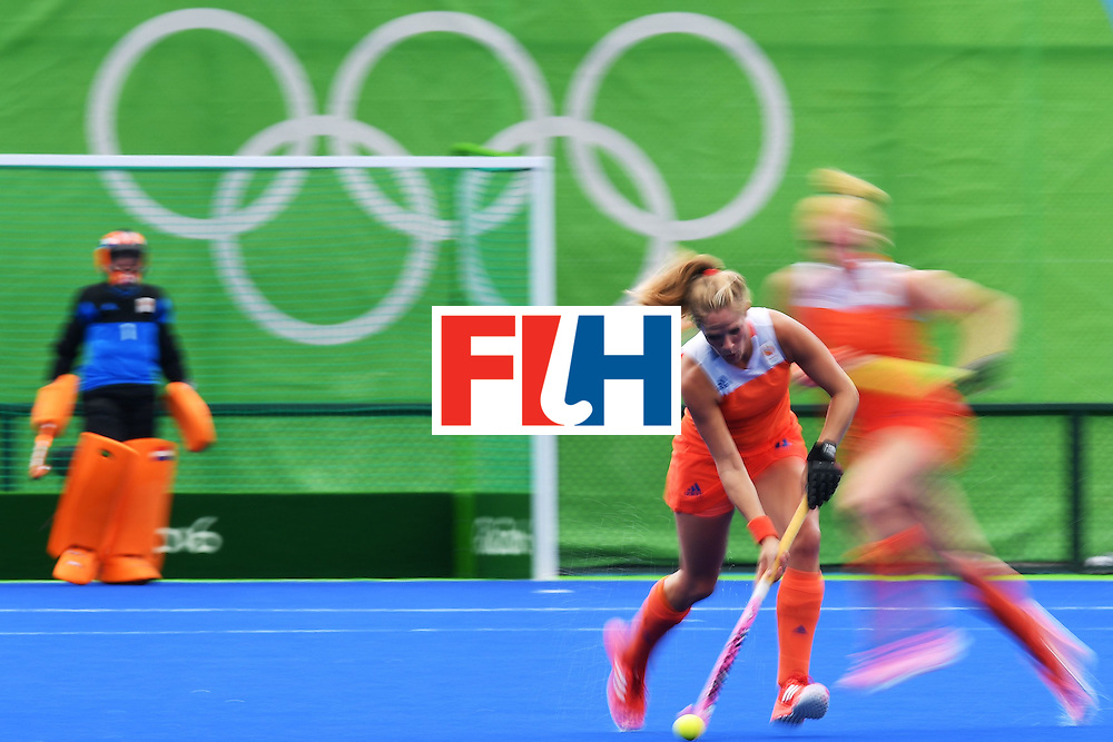 Netherlands players during the womens's field hockey New Zealand vs Netherlands match of the Rio 2016 Olympics Games at the Olympic Hockey Centre in Rio de Janeiro on August, 12 2016. / AFP / Carl DE SOUZA        (Photo credit should read CARL DE SOUZA/AFP/Getty Images)