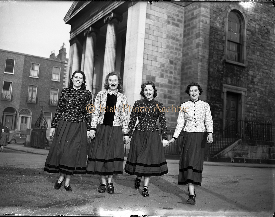Dancers - McCoy School, Belfast, to visit New York in Traditional Irish Costumes.02/03/1955