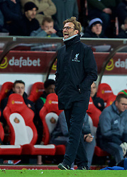 SUNDERLAND, ENGLAND - Monday, January 2, 2017: Liverpool's manager Jürgen Klopp laughs as the assistant referee awards an incorrect offside against his team as the officials gift Sunderland two goals in a 2-2 draw during the FA Premier League match at the Stadium of Light. (Pic by David Rawcliffe/Propaganda)