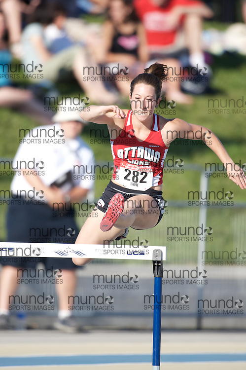 London, Ontario ---05/07/08--- Andrea White competes at the 2008 Canadian Track and Field Championships in Windsor, Ontario.Claus Anderson/ Mundo Sport Images