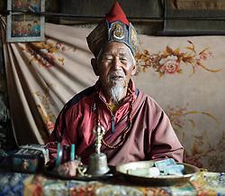 THEMENBILD - Trekkingtour in Nepal um die Annapurna Gebirgskette im Himalaya Gebirge. Das Bild wurde im Zuge einer 210 Kilometer langen Wanderung im Annapurna Gebiet zwischen 01. September 2012 und 15. September 2012 aufgenommen. im Bild der 94 Jahre alte Lama Tashi. Er segnet Wanderer für eine sichere Passüberschreitung über dem Thorang La. Er wohnt zurückgezogen in einem Tempel, Praken Gompa, in einer steilen Felswand 500 m über dem Dorf Manang // THEME IMAGE FEATURE - Trekking in Nepal around Annapurna massif at himalaya mountain range. The image was taken between september 1. 2012 and september 15. 2012. Picture shows 94 years old Lama Tashi in his gompa. He blesses Hiker for a safe saddle cross over Thorang La , NEP, EXPA Pictures © 2012, PhotoCredit: EXPA/ M. Gruber
