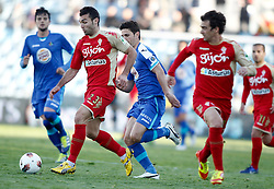 07.04.2012, Stadion Coliseum Alfonso Perez, Getafe, ESP, Primera Division, FC Getafe vs Sporting Gijon, 32. Spieltag, im Bild Getafe's Jaime Gavilan against Sporting de Gijon's David Barral // during the football match of spanish 'primera divison' league, 32th round, between FC Getafe and Sporting Gijon at Coliseum Alfonso Perez stadium, Getafe, Spain on 2012/04/07. EXPA Pictures © 2012, PhotoCredit: EXPA/ Alterphotos/ Alvaro Hernandez..***** ATTENTION - OUT OF ESP and SUI *****