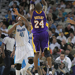 12 November 2008:  Los Angeles Lakers guard Kobe Bryant (24) shoots over New Orleans Hornets forward James Posey (41) during a 93-86 win by the Los Angeles Lakers over the New Orleans Hornets at at the New Orleans Arena in New Orleans, LA..