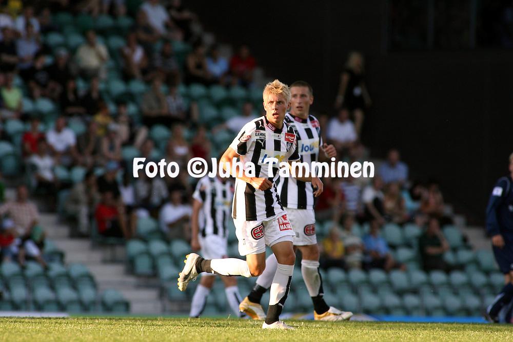 06.08.2007, Veritas Stadion, Turku, Finland..Veikkausliiga 2007 - Finnish League 2007.TPS Turku -Myllykosken Pallo-47.Riku Riski - TPS.©Juha Tamminen.....ARK:k