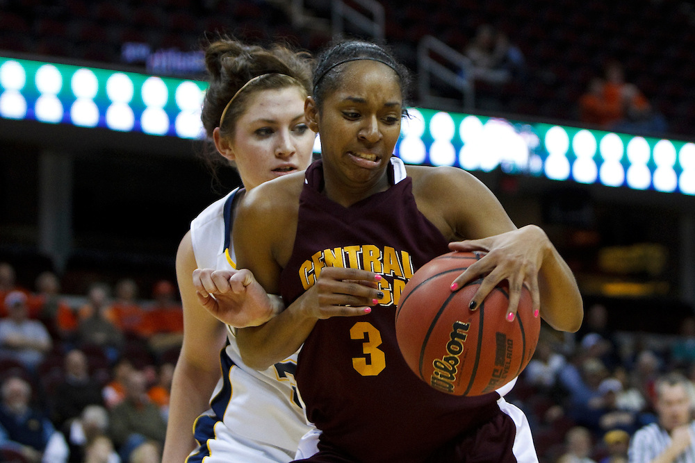 13 March 2010:   Kent State's Leslie Schaefer (33) and Central Michigan's Shonda Long (3) during the MAC Tournament game basketball game between Kent State and Central Michiganat Quicken Loans Arena in Cleveland, Ohio.
