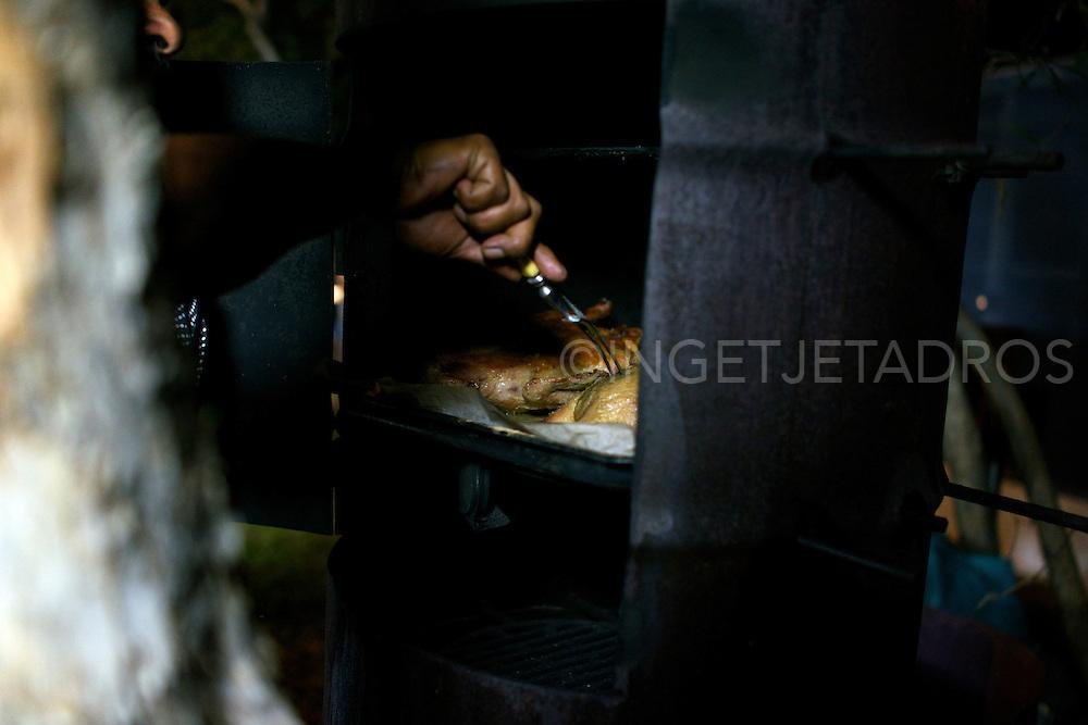 KK3-Day3-Shoot2-Neville Poelina-Udialla-bush duck with orange