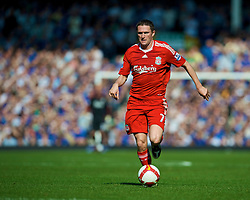 LIVERPOOL, ENGLAND - Saturday, September 27, 2008: Liverpool's Robbie Keane in action against Everton during the 208th Merseyside Derby match at Goodison Park. (Photo by David Rawcliffe/Propaganda)