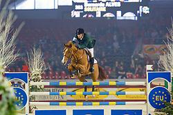 Alves Bernardo, Solitaire van het Costerveld, (BRA)<br /> CSI-W Mechelen 2003<br /> &copy; Hippo Foto-Dirk Caremans<br /> 30/12/03