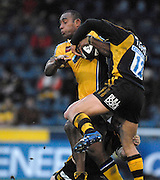 Wycombe, GREAT BRITAIN, Leeds,  Apolosi SATALA, attacking with the ball, during the Guinness Premiership Game, London Wasps vs Leeds Carnegie, at Adams Park. 05/01/2008  [Mandatory credit Peter Spurrier/ Intersport Images].