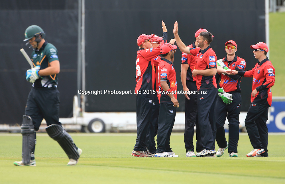 Canterbury celebrate the wicket of Tom Bruce. Ford Trophy cricket, Central Stags v Canterbury, McLean Park, Napier, New Zealand. Sunday 27 December, 2015. Copyright photo: John Cowpland / www.photosport.nz