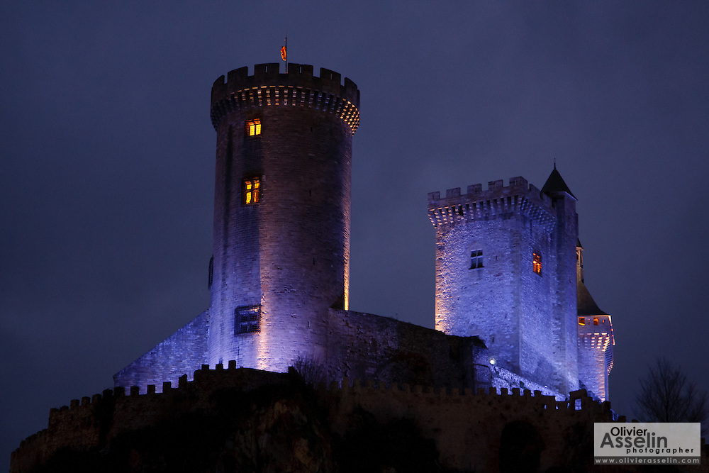 Foix castle towering the medieval city of Foix, Ariege, Midi-Pyrenees, France.