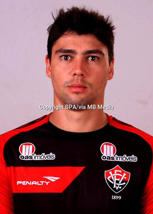 Pedro Oldoni do Nascimento ( Esporte Clube Vitória )