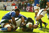 Paris, FRANCE - 9th September 2007, Bryan Habana goes over for a try during the Rugby World Cup, pool A, match between South Africa and Samoa held at Parc Des Princes Stadium in Paris, France...Photo by RG/Sportzpics.net