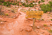 Sign on the Upheaval Dome Trail, Island in the Sky, Canyonlands National Park, Utah