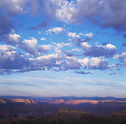 View W. from Crazy Jug Pt. over Bridgers Knoll & Tapeats Amphitheater, Grand Canyon National Park, Arizona..Media Usage:.Subject photograph(s) are copyrighted Edward McCain. All rights are reserved except those specifically granted by McCain Photography in writing...McCain Photography.211 S 4th Avenue.Tucson, AZ 85701-2103.(520) 623-1998.mobile: (520) 990-0999.fax: (520) 623-1190.http://www.mccainphoto.com.edward@mccainphoto.com
