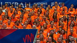 30-05-2019 NED: Volleyball Nations League Netherlands - Poland, Apeldoorn<br /> Dutch Orange support
