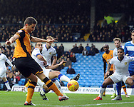 Alex Bruce of Hull City shoots for goal during the Sky Bet Championship match at Elland Road, Leeds<br /> Picture by Graham Crowther/Focus Images Ltd +44 7763 140036<br /> 05/12/2015