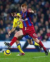 Fotball<br /> Premier League 2004/2005<br /> 06.11.2004<br /> Foto: BPI/Digitalsport<br /> NORWAY ONLY<br /> <br /> Crystal Palace v Arsenal<br /> <br /> Francesc Fabregas of Arsenal (L) battles with Ben Watson
