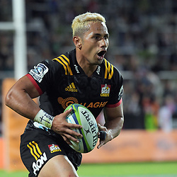 Toni Pulu in action during the Super Rugby match between the Chiefs and Highlanders at FMG Stadium in Hamilton, New Zealand on Friday, 30 March 2018. Photo: Dave Lintott / lintottphoto.co.nz