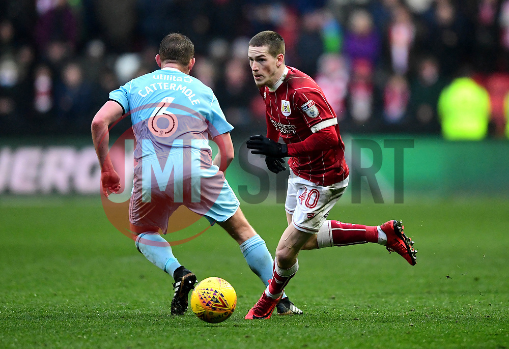 Ryan Kent of Bristol City takes the ball past Lee Cattermole of Sunderland  - Mandatory by-line: Joe Meredith/JMP - 10/02/2018 - FOOTBALL - Ashton Gate Stadium - Bristol, England - Bristol City v Sunderland - Sky Bet Championship