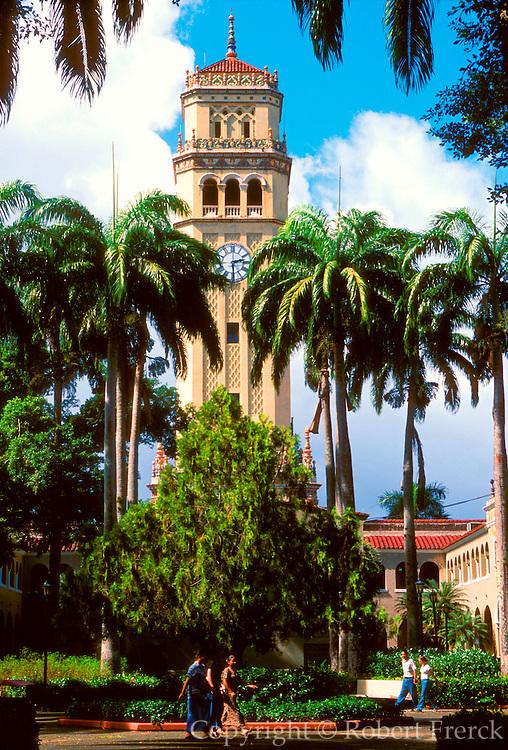 PUERTO RICO, SAN JUAN Rio Piedras; Puerto Rico University