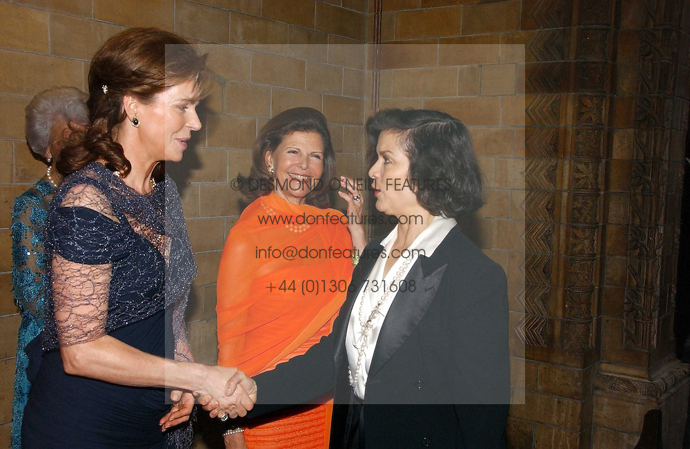 Left to right, HM QUEEN NOOR OF JORDAN, HM QUEEN SILVIA OF SWEDEN and BIANCA JAGGER at a gala dinner in the presence of HM Quenn Silvia of Sweden and HM Queen Noor of Jordan in aid of the charity Mentor held at the Natural History Museum, Cromwell Road, London on 23rd May 2006.<br /><br />NON EXCLUSIVE - WORLD RIGHTS