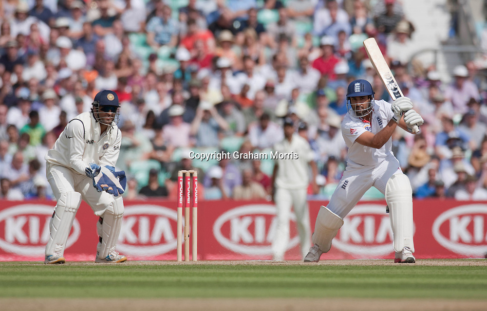 Ravi Bopara bats during the fourth and final npower Test Match between England and India at the Oval, London.  Photo: Graham Morris