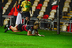 Dragons' Hallam Amos scores his sides first try - Mandatory by-line: Craig Thomas/JMP - 30/09/2017 - RUGBY - Rodney Parade - Newport, Gwent, Wales - Newport Gwent Dragons v Southern Kings - Guinness Pro 14