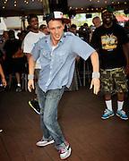 Sundae Philadelphia w/ Familiarise. - 06-17-2012