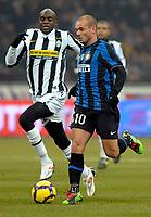 Wesley Snejider (Inter) e Mohamed Sissoko (Juventus)<br /> Milano 28/01/2010 Stadio Giuseppe Meazza San Siro<br /> Inter Juventus - Quarti di Finale di Coppa Italia Tim Cup 2009-10.<br /> Foto Giorgio Perottino / Insidefoto
