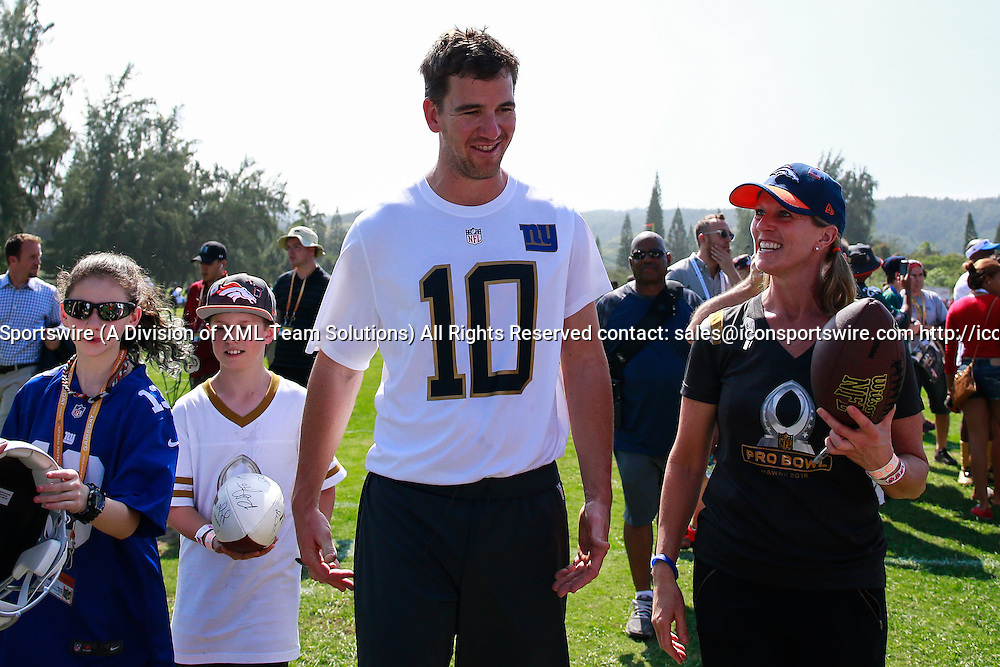 January 29 2016: Team Rice Eli Manning after the Pro Bowl practice at Turtle Bay Resort on Oahu, HI. (Photo by Aric Becker/Icon Sportswire)