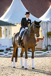 BREDOW-WERNDL Jessica (GER), TSF Dalera BB<br /> Siegerehrung<br /> Preis des Landes Nordrhein-Westfalen<br /> Nat. Dressurprüfung Kl. S**** - Grand Prix de Dressage -<br /> Qualifikation zur Deutschen Meisterschaft der Dressurreiter<br /> Balve Optimum - Deutsche Meisterschaft Dressur 2020<br /> 18. September2020<br /> © www.sportfotos-lafrentz.de/Stefan Lafrentz