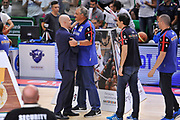 DESCRIZIONE : Campionato 2014/15 Serie A Beko Dinamo Banco di Sardegna Sassari - Grissin Bon Reggio Emilia Finale Playoff Gara4<br /> GIOCATORE : Massimiliano Menetti Romeo Sacchetti<br /> CATEGORIA : Fair Play Before Pregame<br /> SQUADRA : Dinamo Banco di Sardegna Sassari<br /> EVENTO : LegaBasket Serie A Beko 2014/2015<br /> GARA : Dinamo Banco di Sardegna Sassari - Grissin Bon Reggio Emilia Finale Playoff Gara4<br /> DATA : 20/06/2015<br /> SPORT : Pallacanestro <br /> AUTORE : Agenzia Ciamillo-Castoria/L.Canu