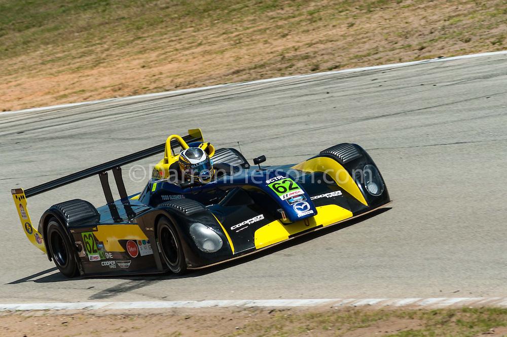 #62 ONE Motorsports Elan DP-02: Todd Slusher