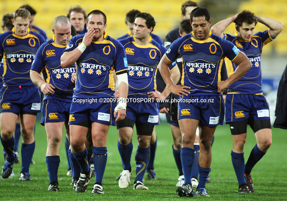 The Otago team walk off after the loss.<br /> Air NZ Cup Ranfurly Shield match - Wellington Lions v Otago at Westpac Stadium, Wellington, New Zealand. Friday, 31 July 2009. Photo: Dave Lintott/PHOTOSPORT