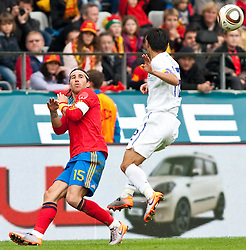 03.06.2010, Tivoli, Innsbruck, AUT, FIFA Worldcup Vorbereitung, Testspiel Spanien (ESP) vs Sued Korea (KOR), im Bild Sergio Ramos ( ESP, #15 ) vs Lee Young-pyo ( KOR #12 ). EXPA Pictures © 2010, PhotoCredit: EXPA/ J. Groder / SPORTIDA PHOTO AGENCY