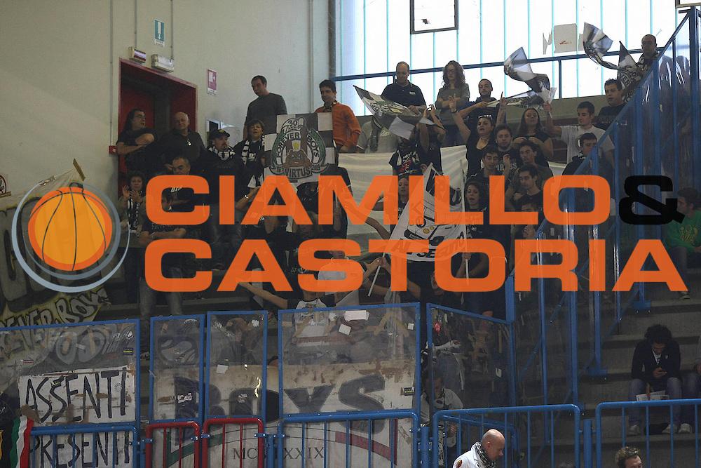 DESCRIZIONE : Cremona Lega A 2013-2014 Vanoli Cremona Granarolo Bologna<br /> GIOCATORE : Tifosi Supporters<br /> SQUADRA : Granarolo Bologna<br /> EVENTO : Campionato Lega A 2013-2014<br /> GARA : Vanoli Cremona Granarolo Bologna<br /> DATA : 20/10/2013<br /> CATEGORIA : Tifosi Supporters<br /> SPORT : Pallacanestro<br /> AUTORE : Agenzia Ciamillo-Castoria/F.Zovadelli<br /> GALLERIA : Lega Basket A 2013-2014<br /> FOTONOTIZIA : Cremona Campionato Italiano Lega A 2013-14 Vanoli Cremona Granarolo Bologna<br /> PREDEFINITA :