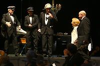 Mannheim. 11.02.18  <br /> Nationaltheater. Gro&szlig;e b&uuml;rgerschaftliche Auszeichnung &quot;Das Bloomaul&quot; an Rolf G&ouml;tz.<br /> Das Auswahlkomitee, darunter Bert Siegelmann, Achim Weizel und Marcus Haas, entschied sich f&uuml;r Rolf G&ouml;tz. Helen Heberer h&auml;lt die Laudatio.<br /> Bild-ID 074   Markus Pro&szlig;witz 11FEB18 / masterpress