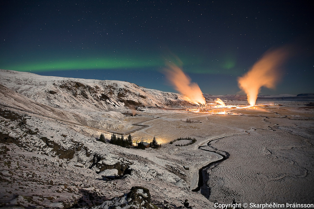 Aurora borealis over the geothermal powerplant in Nesjavellir, south-west Iceland