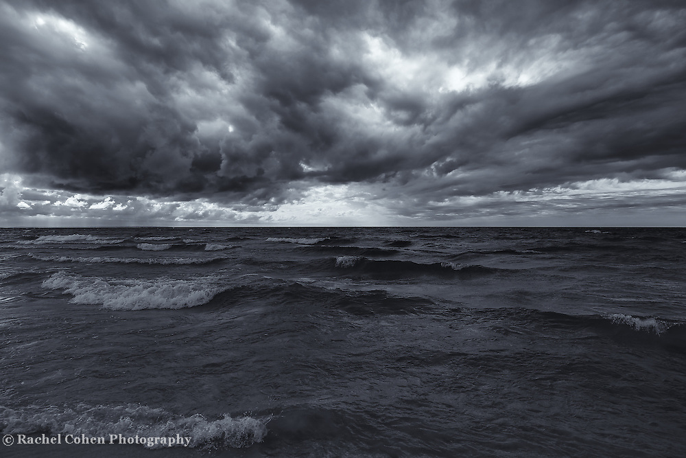 &quot;Lake Michigan in Motion&quot; mono<br />