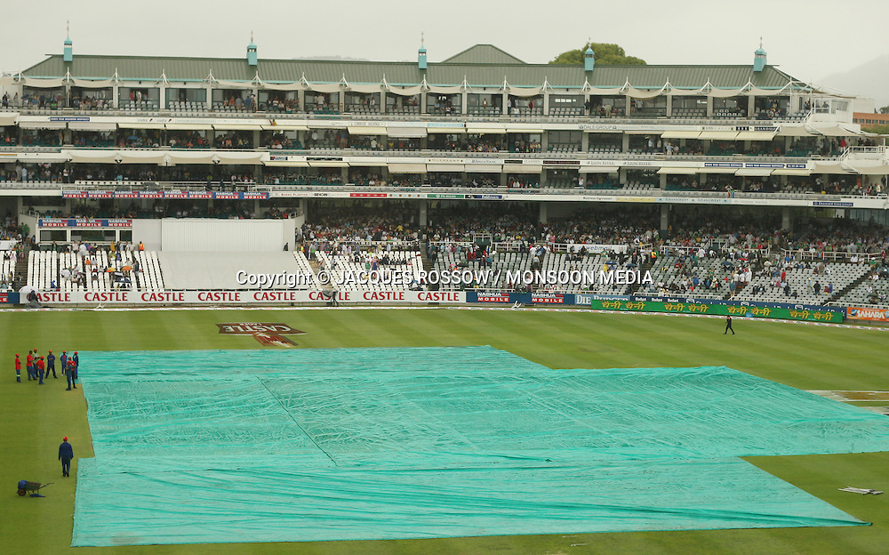 Covers on the pitch during Day 1 of the third and final Test between South Africa and India played at Sahara Park Newlands in Cape Town, South Africa, on 2 January 2011. Photo by Jacques Rossouw / MONSOON MEDIA