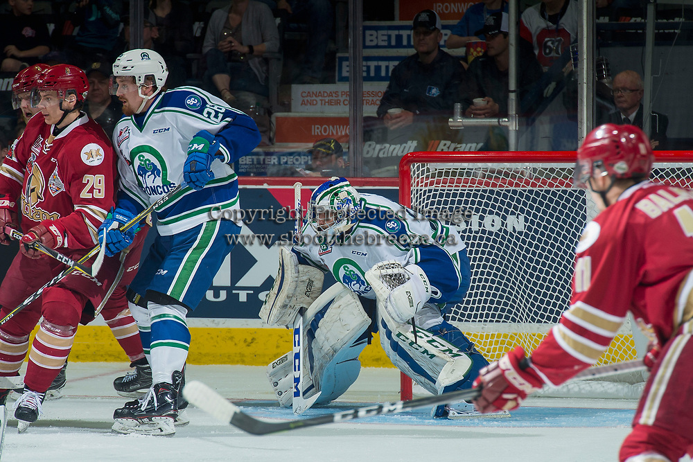 REGINA, SK - MAY 19: Stuart Skinner #74 of Swift Current Broncos defends the net against the Acadie-Bathurst Titan at the Brandt Centre on May 19, 2018 in Regina, Canada. (Photo by Marissa Baecker/CHL Images)