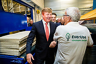 23-1-2018 SNEEK - King Willem Alexander will open circular insulation plant EverUse in Sneek on Tuesday morning, January 23. EverUse makes insulation mats from paper waste, in which all materials are then re-used. By not using new raw materials, no new waste is created and the company says it can produce completely sustainably. ROBIN UTRECHT