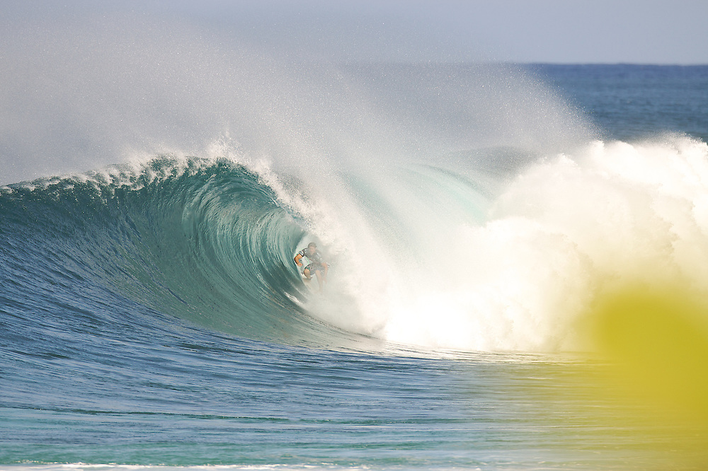 surf photo,pipeline master,2009billabong, Hawaii.