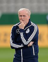 FUSSBALL INTERNATIONAL Laenderspiel Freundschaftsspiel U 21   Deutschland - Frankreich     13.08.2013 DFB Trainer Ralf Peter (Deutschland)
