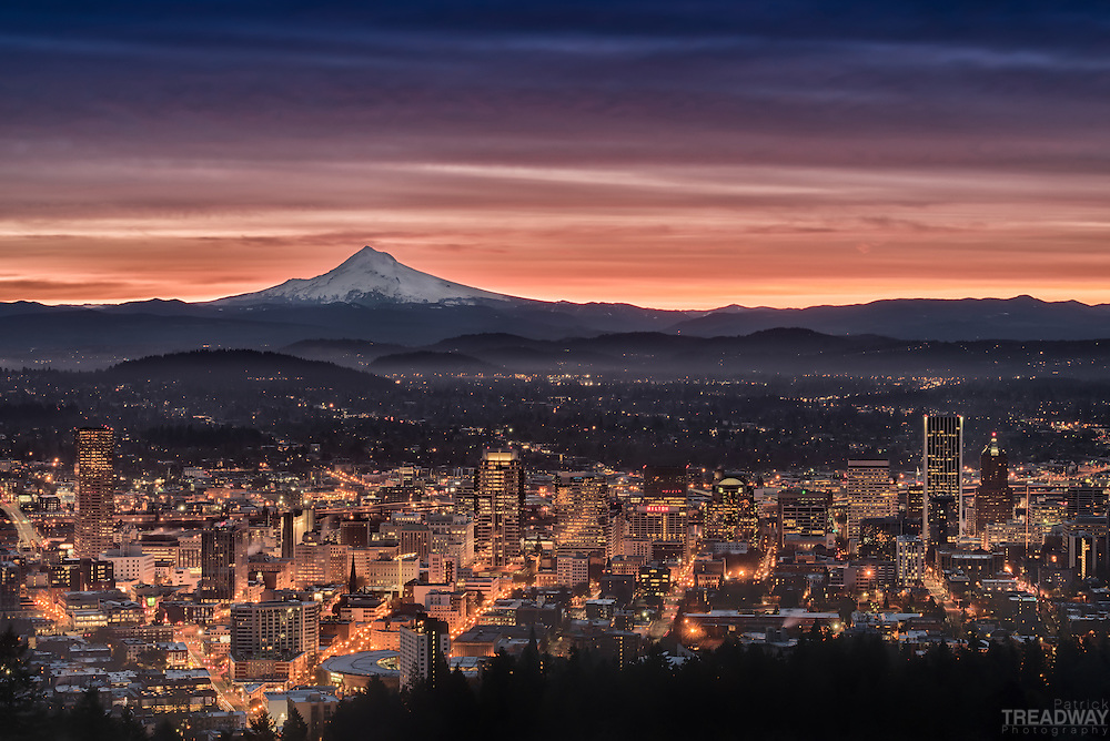 A Portland sunrise captured from the Pittock Mansion view point.